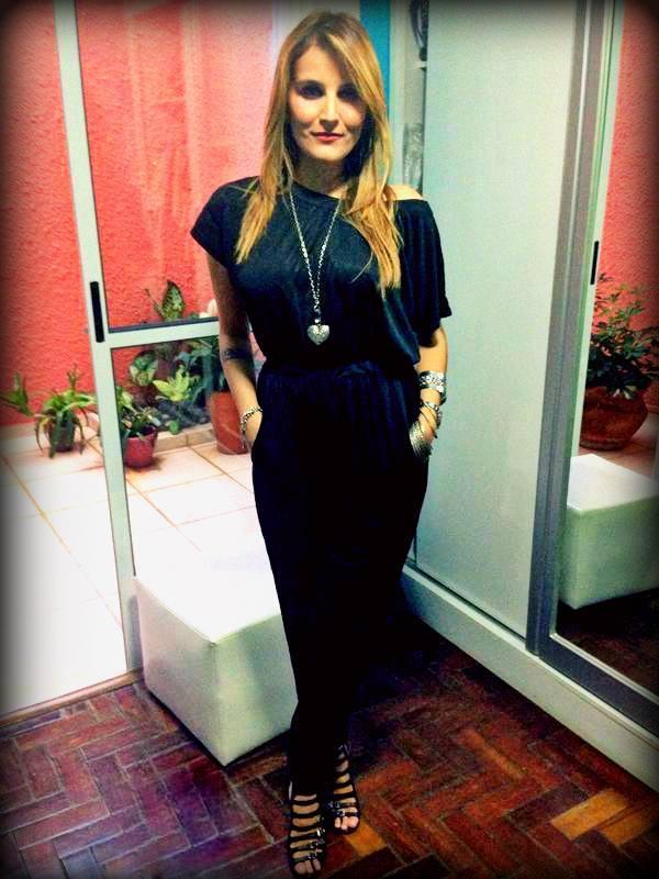 Look #1anocapitaozeferino - jumpsuit Maria Filó e sandália Arezzo